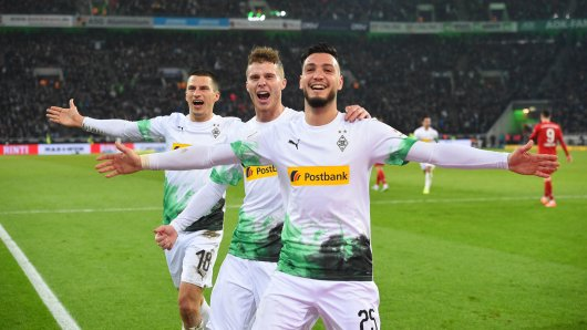 Ramy Bensebaini (r.), Nico Elvedi (Mitte) und Stefan Lainer (l.) gehören zum Stammpersonal in Gladbachs Defensive.