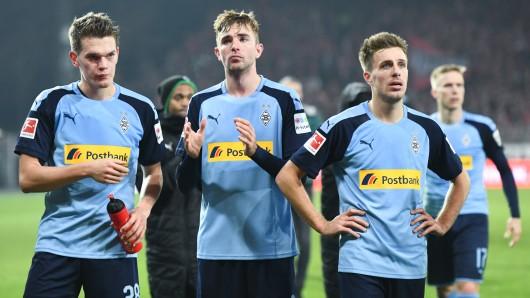 Matthias Ginter (l.), Christoph Kramer (Mitte) und Patrick Herrmann (r.) sind nach der Niederlage von Borussia Mönchengladbach bei Union Berlin bedient.