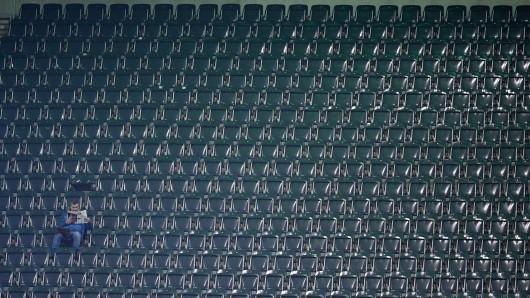 Ein leerer Borussia-Park. So könnte es auch am Sonntag in Mönchengladbach aussehen.