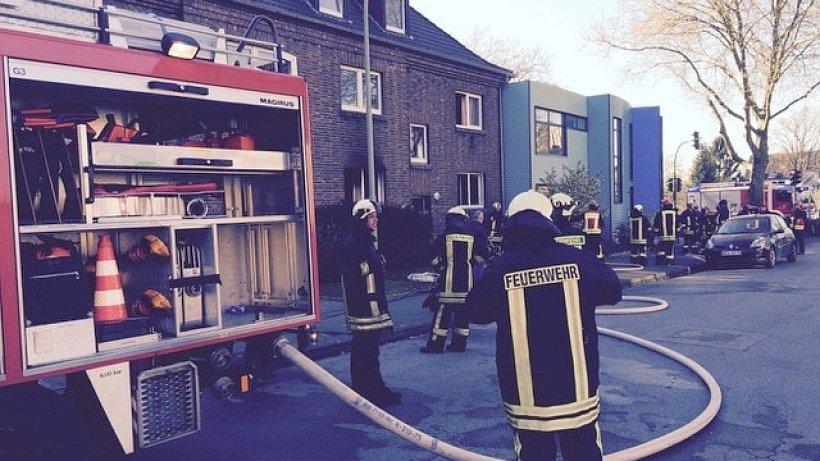 brand polizei verd chtigt bewohner nach brand im fl chtlingsheim nachrichten aus moers kamp. Black Bedroom Furniture Sets. Home Design Ideas