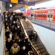 Noch betreibt die Deutsche Bahn die S-Bahnen an Rhein und Ruhr. Das könnte sich ändern.