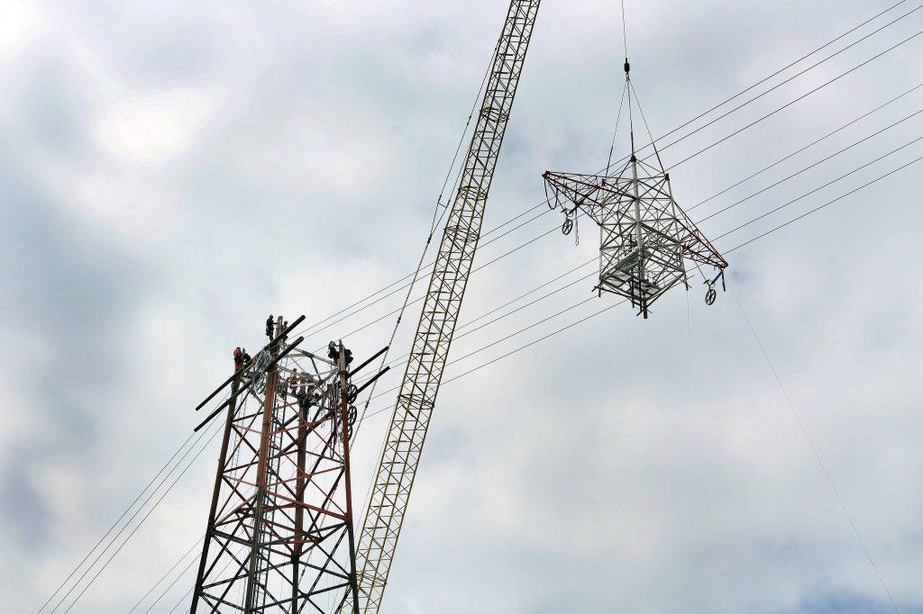 Strom über den Rhein bei Rheinberg fließt wieder - Nachrichten aus ...