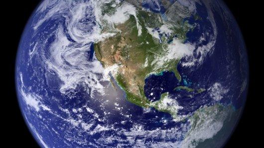 Die Erde ist keine Scheibe. Das wussten schon die Menschen der Antike.