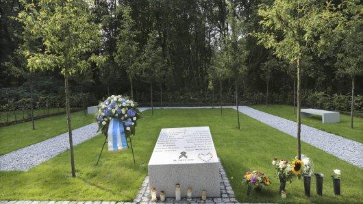 Eine Gedenkstätte erinnert in Haltern an die Opfer des Germanwings-Absturzes.