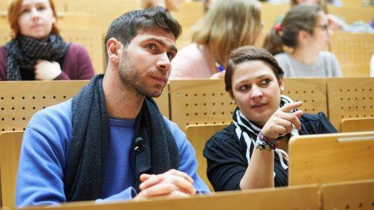 Flüchtling Hadi besucht als Gasthörer die Ruhr-Universität Bochum. Er möchte sein Englischstudium fortführen.