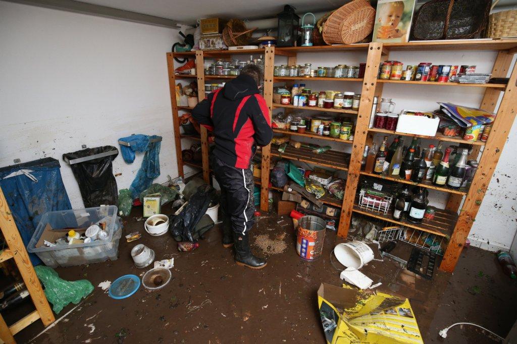 Keller unter Wasser: Was Betroffene tun und wissen müssen ...