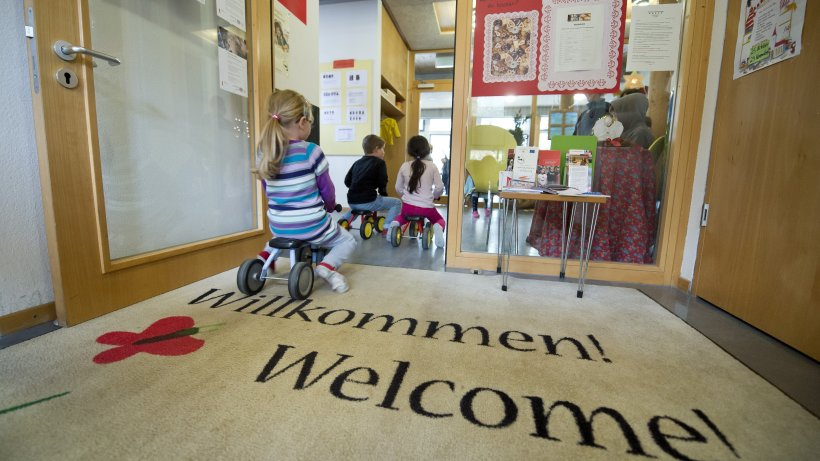 schule landesregierung will mehrsprachigkeit bei kindern f rdern politik. Black Bedroom Furniture Sets. Home Design Ideas