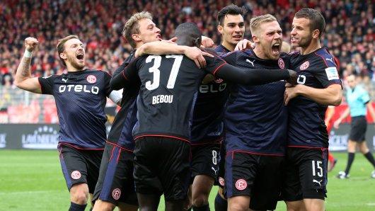 Fortuna Düsseldorf jubelt über den 1:0-Erfolg in Berlin.