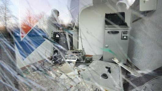 Wieder ein Geldautomat in Duisburg gesprengt ## Geldautomat ##