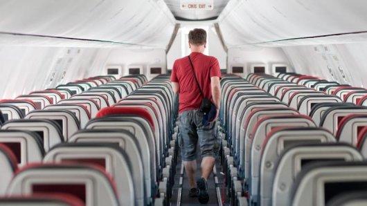 Nur ein Passagier in der Maschine?Das kann sich keine Airline auf Dauer leisten. Im Gegenteil:Die Maschinen werden überbucht, weil manche Gäste einfach nicht erscheinen.