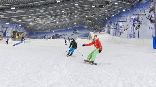 Wer nicht in Alpennähe wohnt, für den kann eine Skihalle in Zeiten schneearmer Winter häufig eine gute Möglichkeit sein, um etwas in Form zu bleiben.