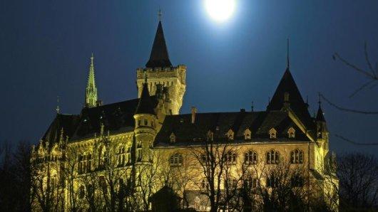 Der Harzer Kultur-Winter bietet Ausstellungen, Lesungen oder Führungen. Auch ein Besuch des Wernigeröder Schlosses lohnt sich.