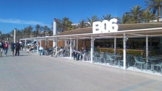 Der Beach Club Ballermann 6 auf Mallorca wurde umgestaltet:Die Einrichtung soll jetzt stilvoller wirken.