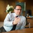 Thomas Kufen , Oberbürgermeister der Stadt Essen in seinem Büro am 02. 12. 2015