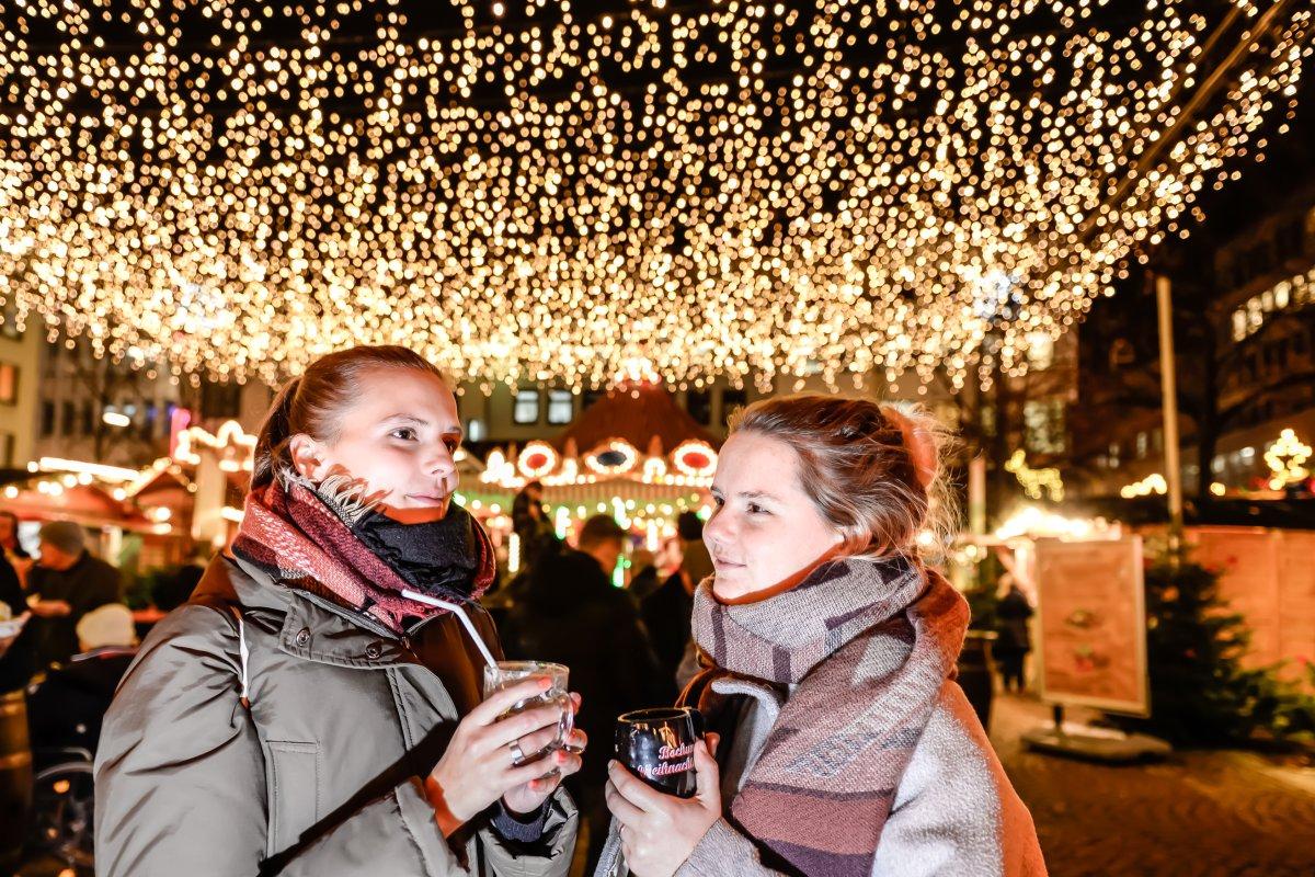 Glühweinpreise Weihnachtsmarkt.Glühweinpreise Im Vergleich Diese Stadt Im Ruhrgebiet Hat Den