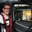 Für seine Vortragsreihen reist Janis McDavid (26) mit seinem Auto quer durch Deutschland.