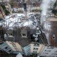 Das Dach des Hauses in Bochum stürzt immer weiter ein.