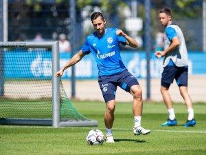 Schalkes Neuzugang Steven Skrzybski traf im ersten Test für seinen neuen Arbeitgeber.
