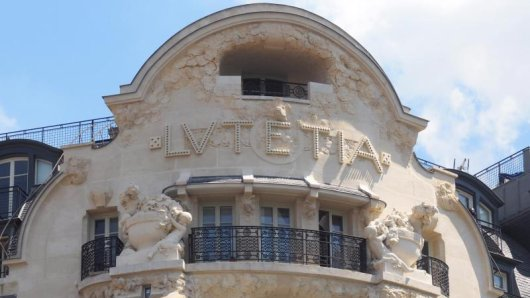 Im Grandhotel Lutetia in Paris waren bereits zahlreiche Promis einquartiert. Nach jahrelangem Umbau öffnet die Luxusherberge nun wieder ihre Pforten.
