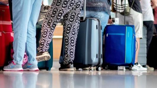 Insbesondere beim Aufgabegepäck machen viele Fluggesellschaften beachtliche Zusatzeinnahmen.