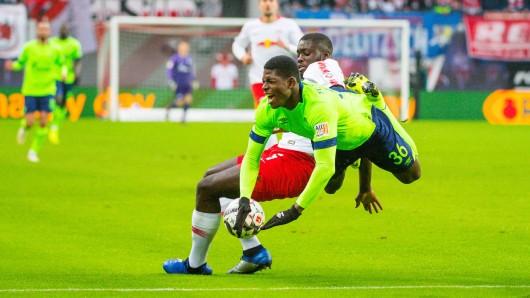Breel Embolo vergab die beste Schalker Chance.