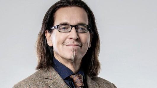 Der Mundart-Comedian Christian Chako Habekost stellt in Gebrauchsanweisung für die Pfalz seine Heimat vor.