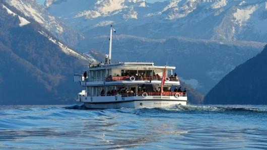 Schiff statt Skibus: Von Luzern geht es zum Skigebiet Klewenalp-Stockhütte.