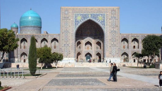 Ein schönes Ziel für Touristen ist das Herz von Samarkand: Der Registan.