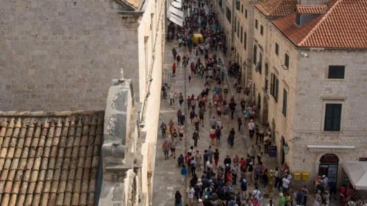 Dubrovnik wird oft als Perle der Adria bezeichnet - eine Floskel des Tourismusmarketings.