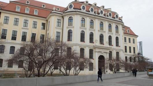 Die städtischen Museen in Dresden bieten die Eintrittstickets nun auch über die Kulturplattform twickly an. Die entsprechende App ermöglicht mobiles Bezahlen. App