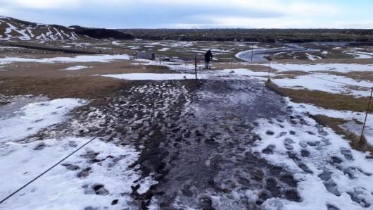 Die Schlucht Fjaðrárgljúfur war Schauplatz eines Justin-Bieber-Musikvideos. Islands Umweltagentur hat den Ort nun für Touristen geschlossen. Der Ansturm wurde zu groß.
