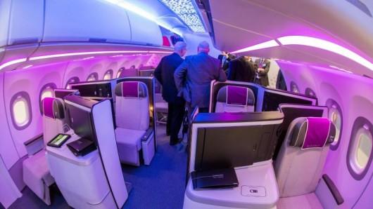 Neue Kabineneinrichtungen von Airbus. Mehr als 500 Aussteller präsentieren auf der Fachmesse Aircraft Interiors Expo Neuigkeiten und Innovationen für die Flugzeugkabine.