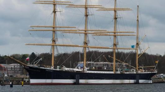 Das Segelschiff Passat ist ein Wahrzeichen von Travemünde. Besucher können es täglich von 11:00 bis 16:30 besichtigen.