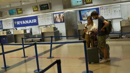 Das Sicherheitspersonal des Madrider Airports Barajas will in einen unbefristeten Streik treten.