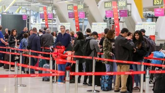 Wegen der Streiks an spanischen Flughäfen müssen viele Deutsche in ihrem Oster-Urlaub mit zum Teil erheblichen Problemen rechnen.