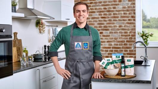 Philipp Lahm macht Werbung für ein Aldi-Produkt. Das kommt nicht überall gut an.