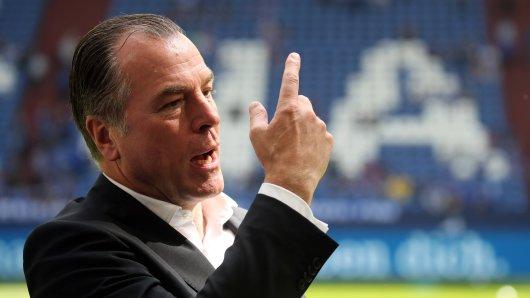 Clemens Tönnies nahm zur Sportdirektor-Suche bei Schalke 04 Stellung.