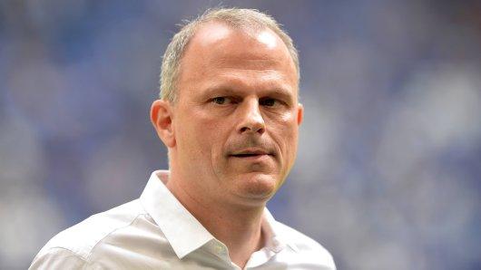 Jochen Schneider hält Ausschau nach Verstärkungen für Schalke 04.
