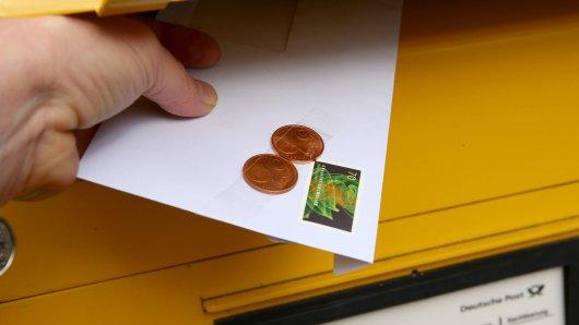 Ab dem 1. Juli erhöht die Deutsche Post die Preise für verschiedene Briefe. (Symbolfoto)