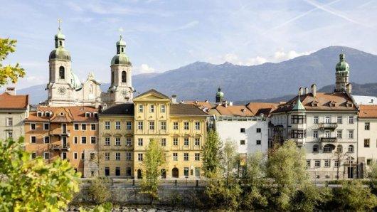 Die Altstadt von Innsbruck ist alt - doch hier findet man auch viele Szenelokale.