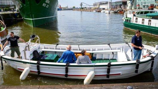 Neue maritime Attraktion in Bremerhaven: Ein Wassertaxi pendelt an den Wochenenden im Stundentakt.