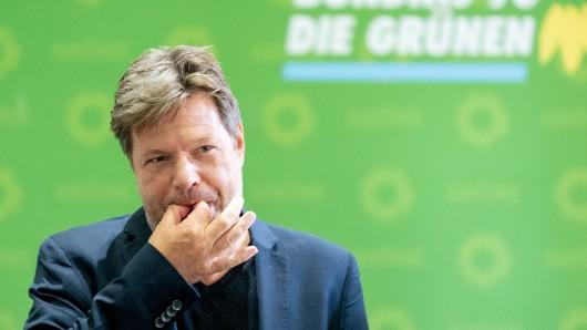 Robert Habeck ist unzufrieden mit dem Klimapaket der Groko. Beim Thema Pendlerpauschale verrannte sich der Grünen-Chef.