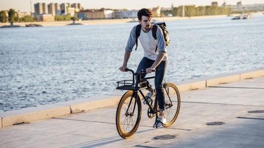 Wege, die kürzer als zehn Kilometer sind, können laut Gericht pro Tag mehrmals von Hartz 4 Empfängern mit dem Fahrrad gefahren werden. (Symbolfoto)