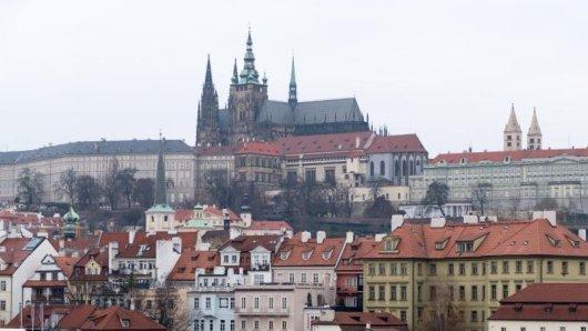 Ab sofort haben es Straßenkünstler in Tschechiens Hauptstadt Prag schwerer. Bestimmte Showeinlagen sind komplett verboten.