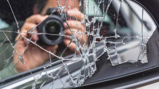 In Köln/NRW beginnt der Prozess gegen einen Mann (26), der seinen Nachbarn mit einem Tierabwehrgerät getötet haben soll.