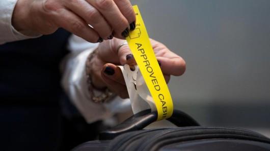 Bereit für die Kabine: Lufthansa bietet seine Handgepäck-Tarife ab November auch auf weiteren Strecken an.