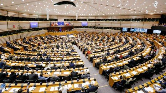 Eklat im Europa-Parlament: Nico Semsrott wurde offenbar von einer Veranstaltung abgehalten.