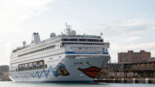 Die Aida Mira im Hafen von Palma de Mallorca - am 23. Dezember soll es nun für Gäste von Südafrika aus losgehen.