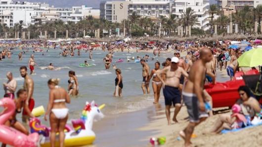Nach Angaben des Bundesverbandes der Deutschen Tourismuswirtschaft (BTW) planen die Bundesbürger für das kommende Jahr rund 0,5 Prozent mehr Reisetage als 2019.