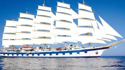 Die Royal Clipper ist ein Fünf-Mast-Segler, der für die ReedereiStar Clippers Kreuzfahrten unternimmt - geplant war eigentlich die Erweiterung der Flotte um die Flying Clipper.
